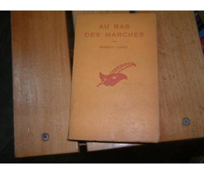 AU BAS DES MARCHES-BERNCIE CAREY-1952