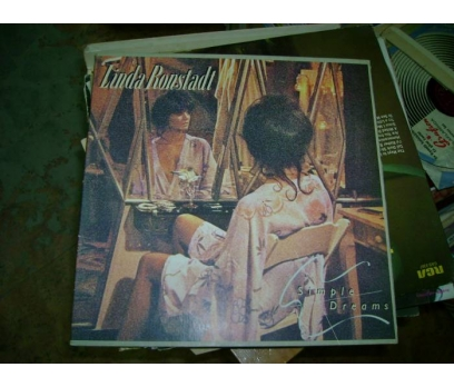 LINDA RONSTADT-SIMPLE DREAMS-LP