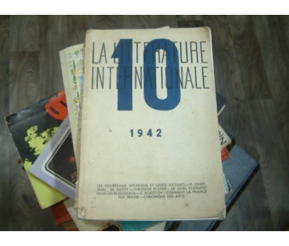 LA LITTERATURE INTERNATIONAL 10-1942