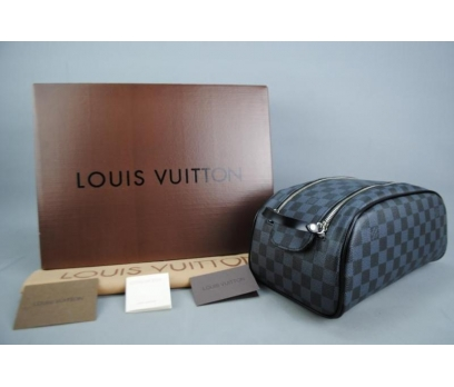 LOUIS VUITTON DAMİER GRAPHİTE KİNG SİZE TOİLETRY