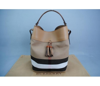 BURBERRY MEDİUM ASHBY İN CANVAS CHECK BAG