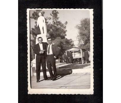 D&K- ISPARTA HÜKÜMET MEYDANI 1960 YILI