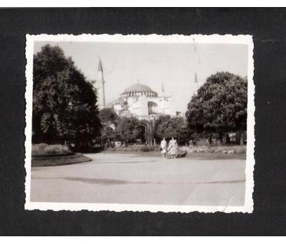 D&K- İSTANBUL AYASOFYA CAMİ İKİ BAYAN FOTOĞRAF
