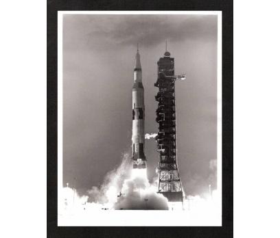 D&K- NASA SATURN UZAY MEKİĞİNİN FIRLATIŞ ANI