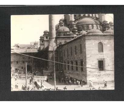 D&K- İSTANBUL YENİ CAMİ VE İNSANLAR 1975 FOTOĞRA