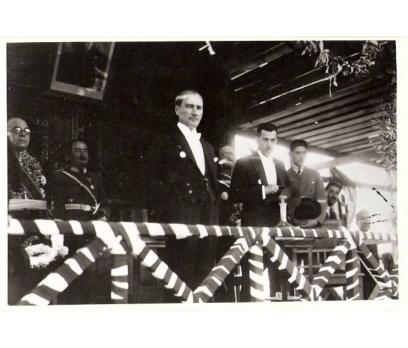 ATATÜRK-TÖRENDE KAZIM ÖZALP'LA 29 EKİM 1925