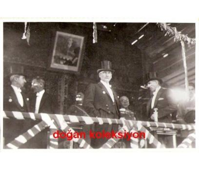 ATATÜRK-TRİBÜNDE RESMİ GEÇİDİ İZLERKEN 1925