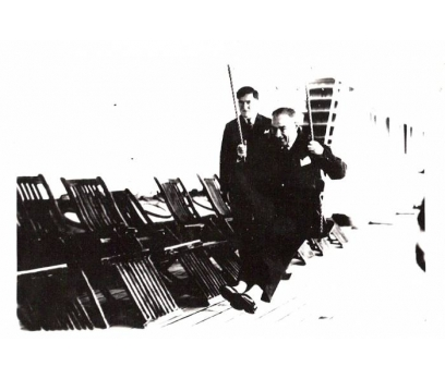 ATATÜRK VAPURDA SALINCAKTA 1930