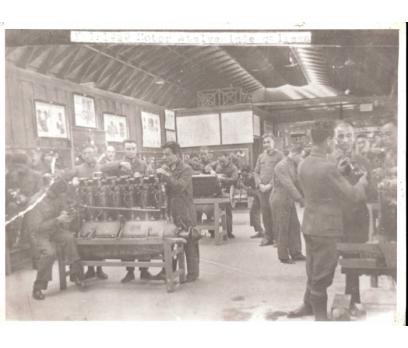 MOTOR ATELYESİNDE ÇALIŞMA 1929