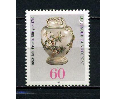 ALMANYA ** 1982 J.F.BÖTTGER 300.D.Y.TAM S.(040815)