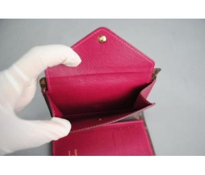 LOUIS VUITTON COMPACT WALLET MÜRDÜM 4