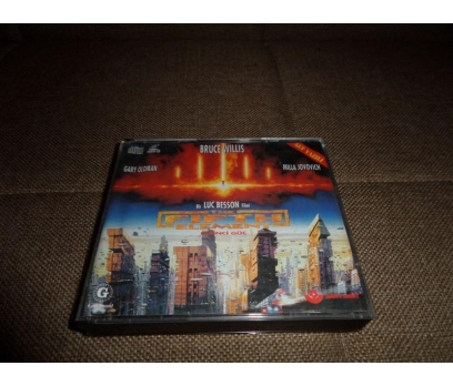 VCD THE FIFTH ELEMENT BRUCE WILLIS MILLA JOVOVICH