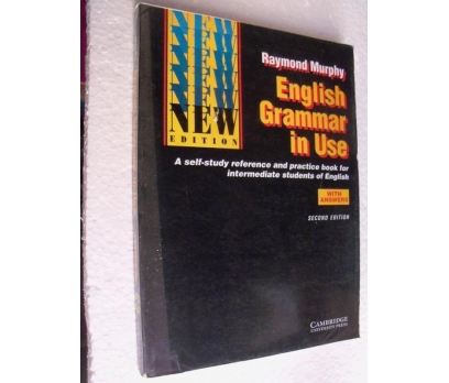 ENGLISH GRAMMAR IN USE - RAYMOND MURPHY a self-stu