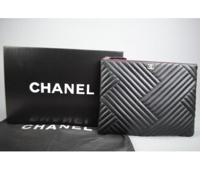 CHANEL O'CASE CLUTCH 1