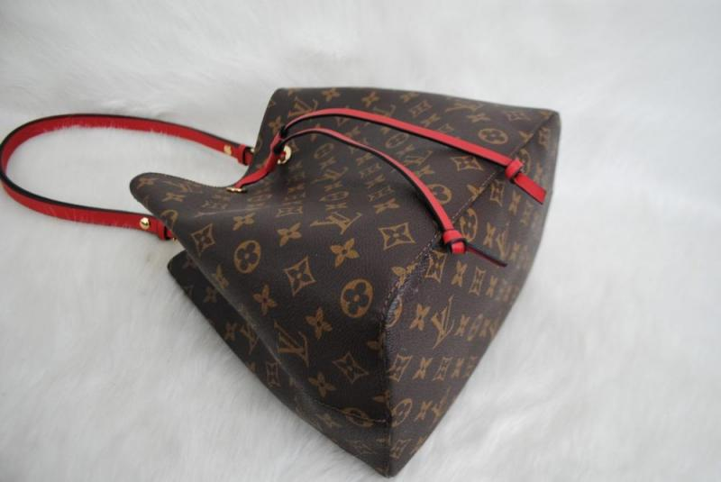LOUIS VUITTON MONOGRAM CANVAS NEO NOE HAKİKİ DERİ 3