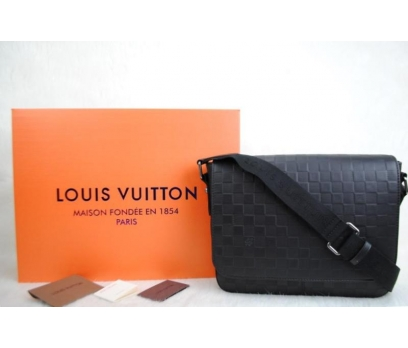 LOUIS VUITTON DİSCRİCT PM  POSTACI ÇANTA