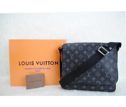 LOUIS VUITTON DAMİER CANVAS DİSTRİCT PM BAG 1