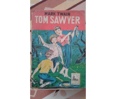 TOM SAWYER MARK TWAIN