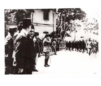 D&K-ATATÜRK-SUBAY TALİMGAHINI  DENETLERKEN 1922