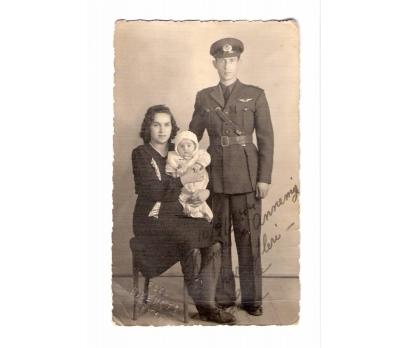 D&K-HAVACI SUBAY VE AİLESİ KONYA 1944