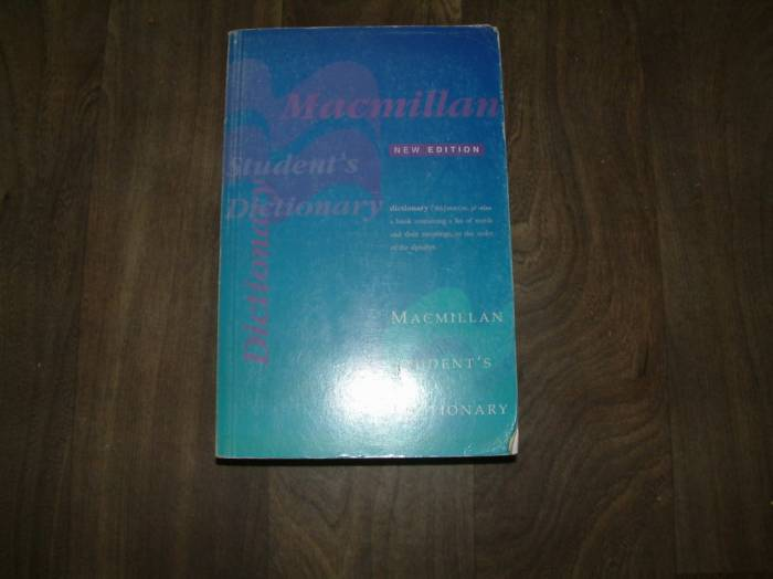 MACMILLAN STUDENTS DICTIONARY NEW EDITION 1